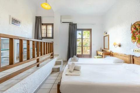 Simple Hotel 2*